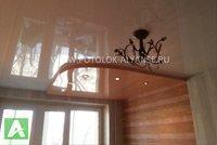 Многоуровневый цветной натяжной потолок